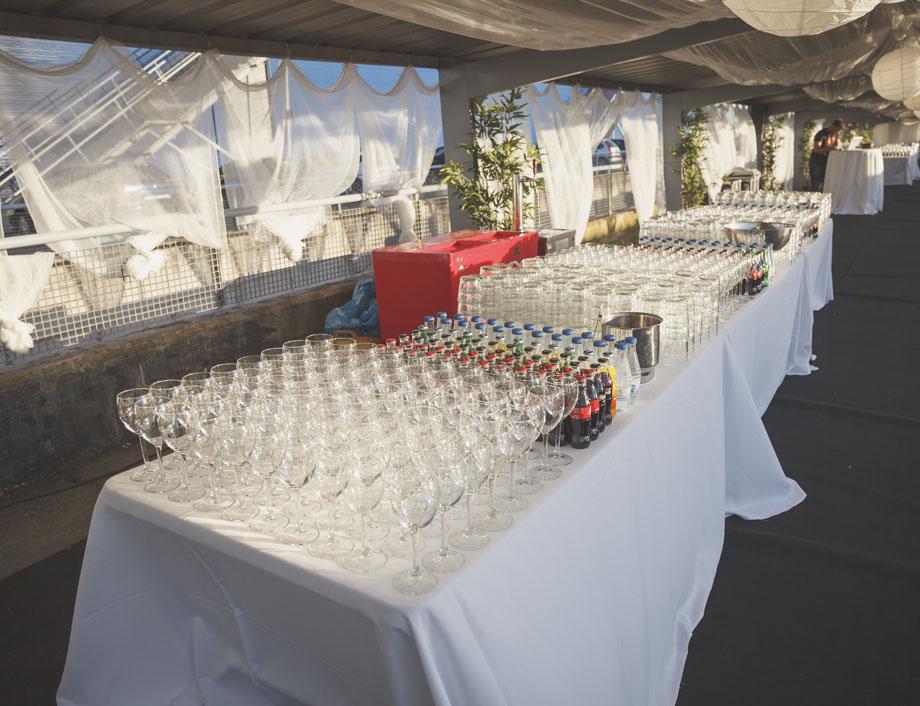 Copas de cristal y bebidas