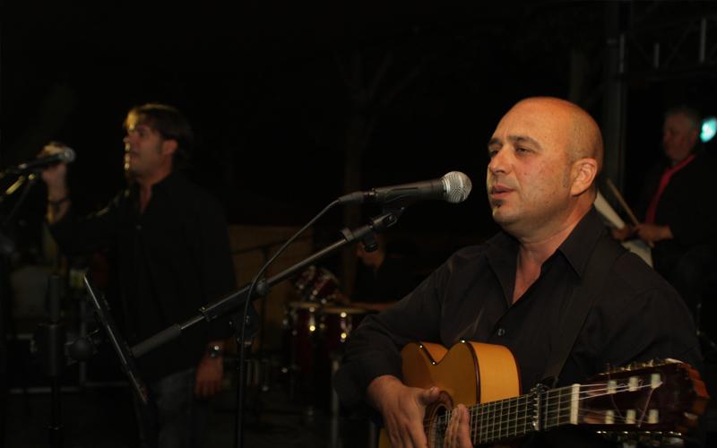 contratación de dando el cante flamenco